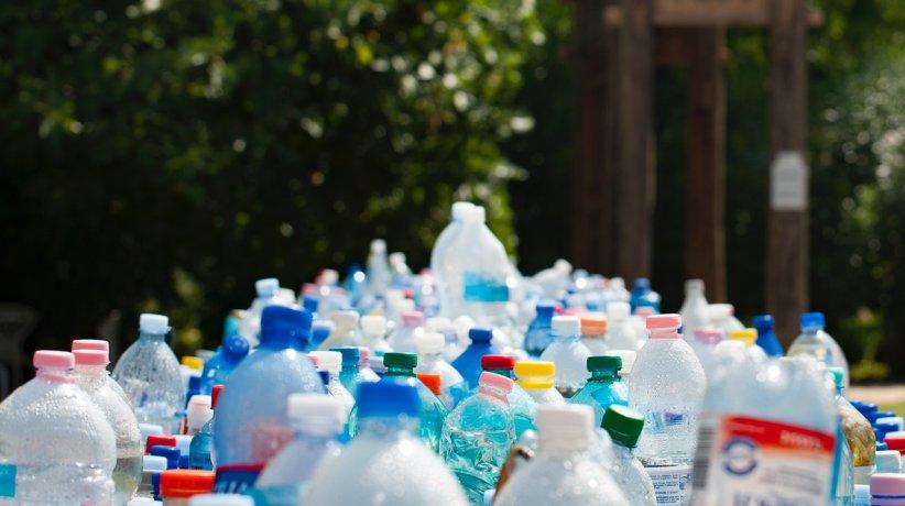 assorted-plastic-bottles-802221