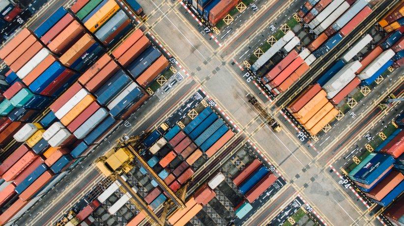 comercio - exportacion - importacion - chuttersnap ph