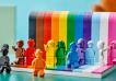 Video: así es el primer set LGBTQ+ de LEGO